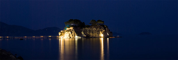 Cameo island by night in Agios Sostis Beach